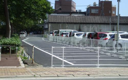 駐車が苦手!絶対無理!誰か教えて!こんな駐車場は嫌だ。【10選】_4