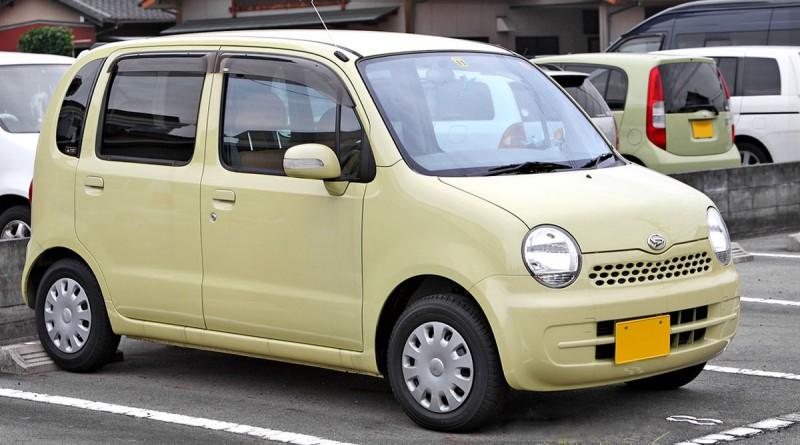 1200px-Daihatsu_Move_Latte_001