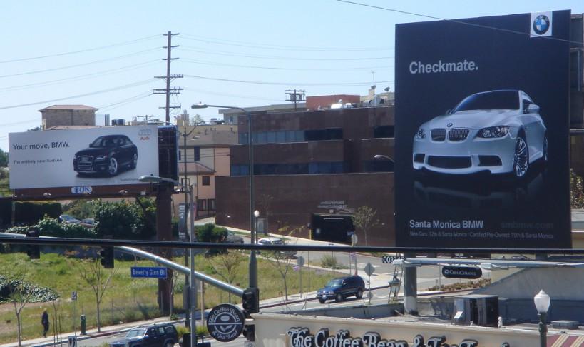 Audi-vs-BMW-Billboard-Ad-war-1