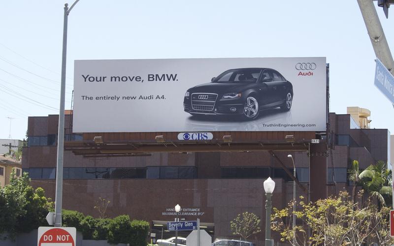 Audi-vs-BMW-Billboard-Ad-war