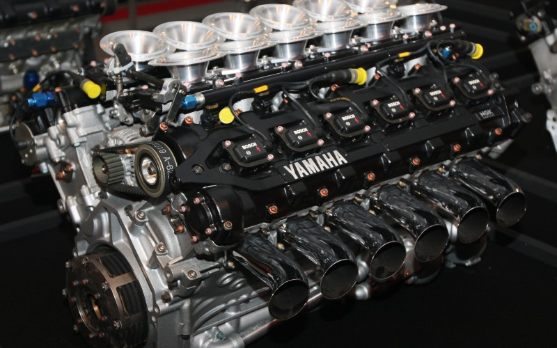 Yamaha_OX99_engine_rear