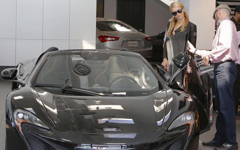 20140704_AUTO_NEWS_Paris_Hilton_McLaren_650S_002