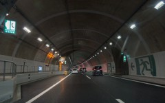 トンネル_eye