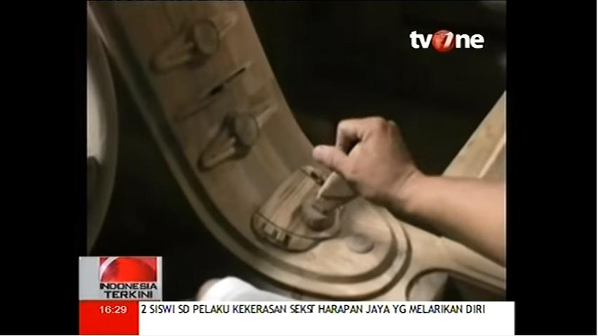 Bugatti-Veyron-replica-from-wood-in-Indonesia_2