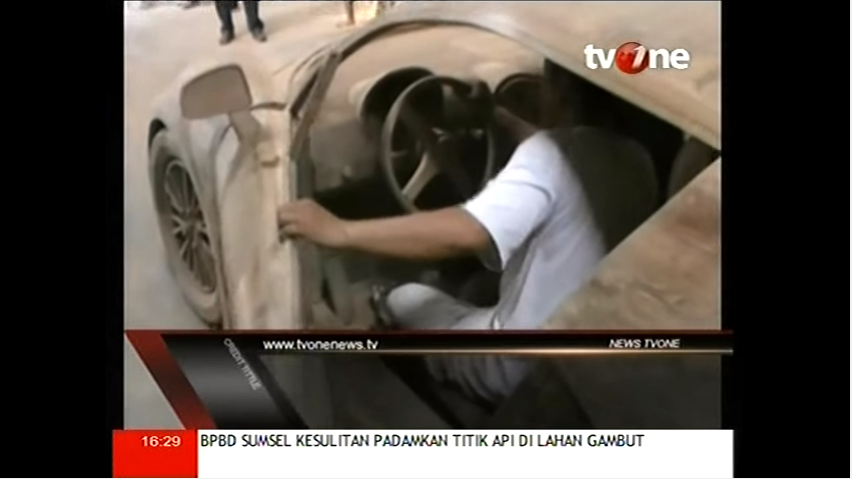Bugatti-Veyron-replica-from-wood-in-Indonesia_3