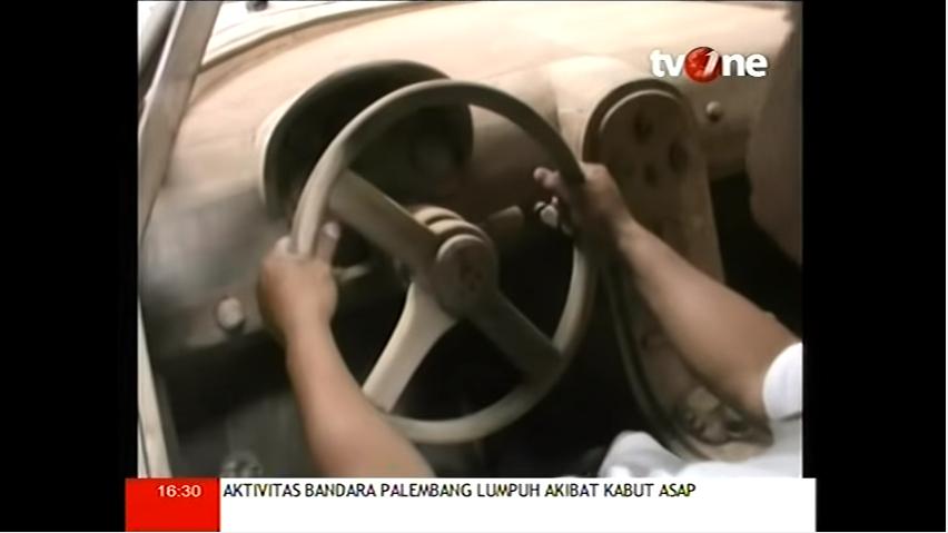 Bugatti-Veyron-replica-from-wood-in-Indonesia_4