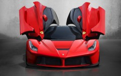 Ferrari-LaFerrari-2013-Butterfly-door_2560x1600