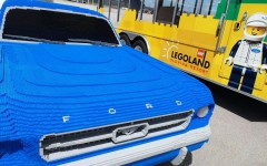 1964-Ford-Mustang-life-size-Lego-model-04