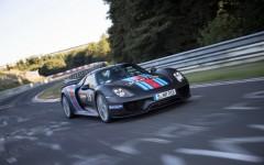 Porsche-918-Spyder-Nurburgring-3[2]