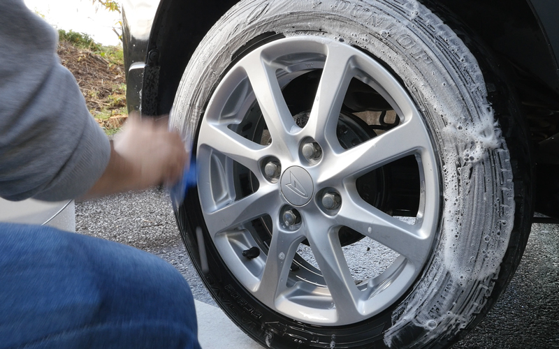 wheel_tire_cleaner_10