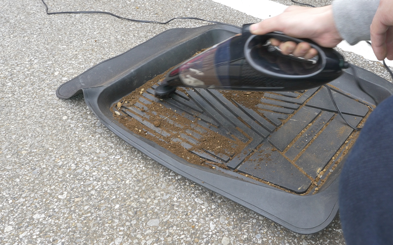 car-vacuumcleaner_19