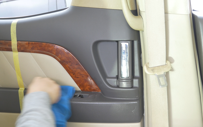 interior-car-cleaning_15