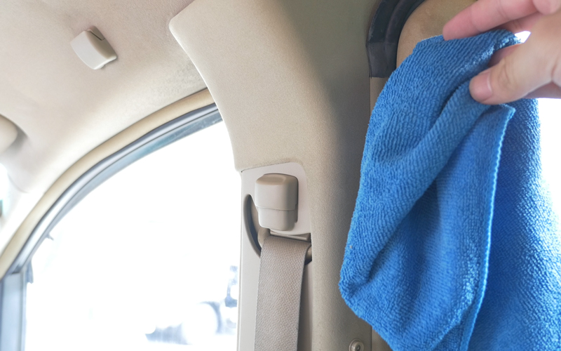 interior-car-cleaning_5