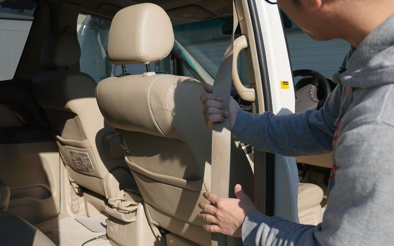 seat-belt_cleaning_2