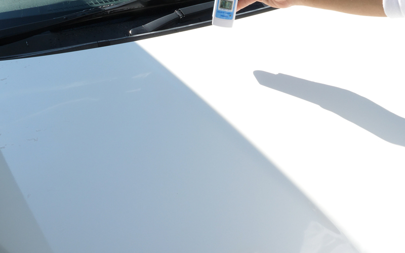 白い車測定2